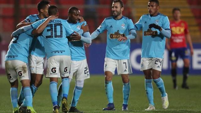 Cristal y Alianza definen al finalista en una jornada de luto en el fútbol peruano