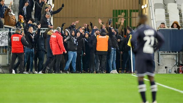 Bordeaux-Nîmes interrompu temporairement après l'entrée de supporters sur la pelouse