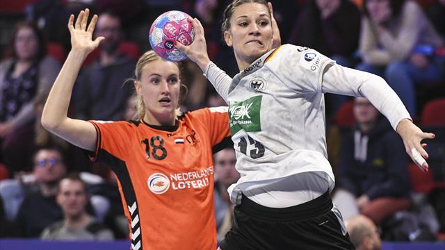Handballerinnen jubeln: Mit 3:1 Punkten in die Hauptrunde