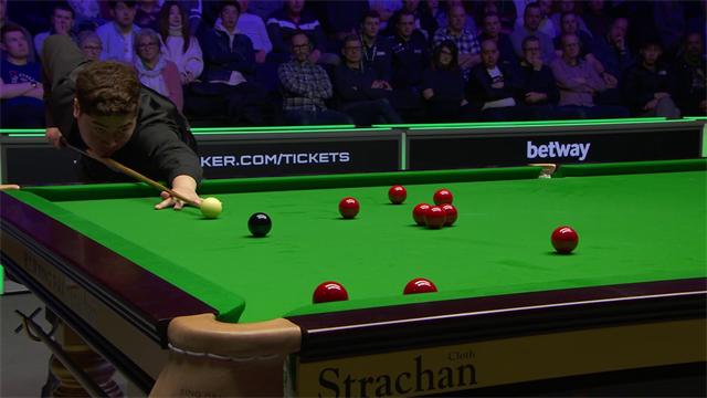 Highlights: Ding and Maguire dominate to set up final