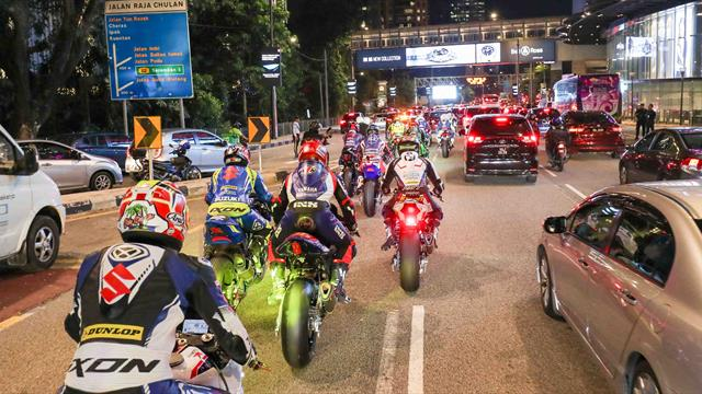 EWC and WTCR in the streets of Kuala Lumpur