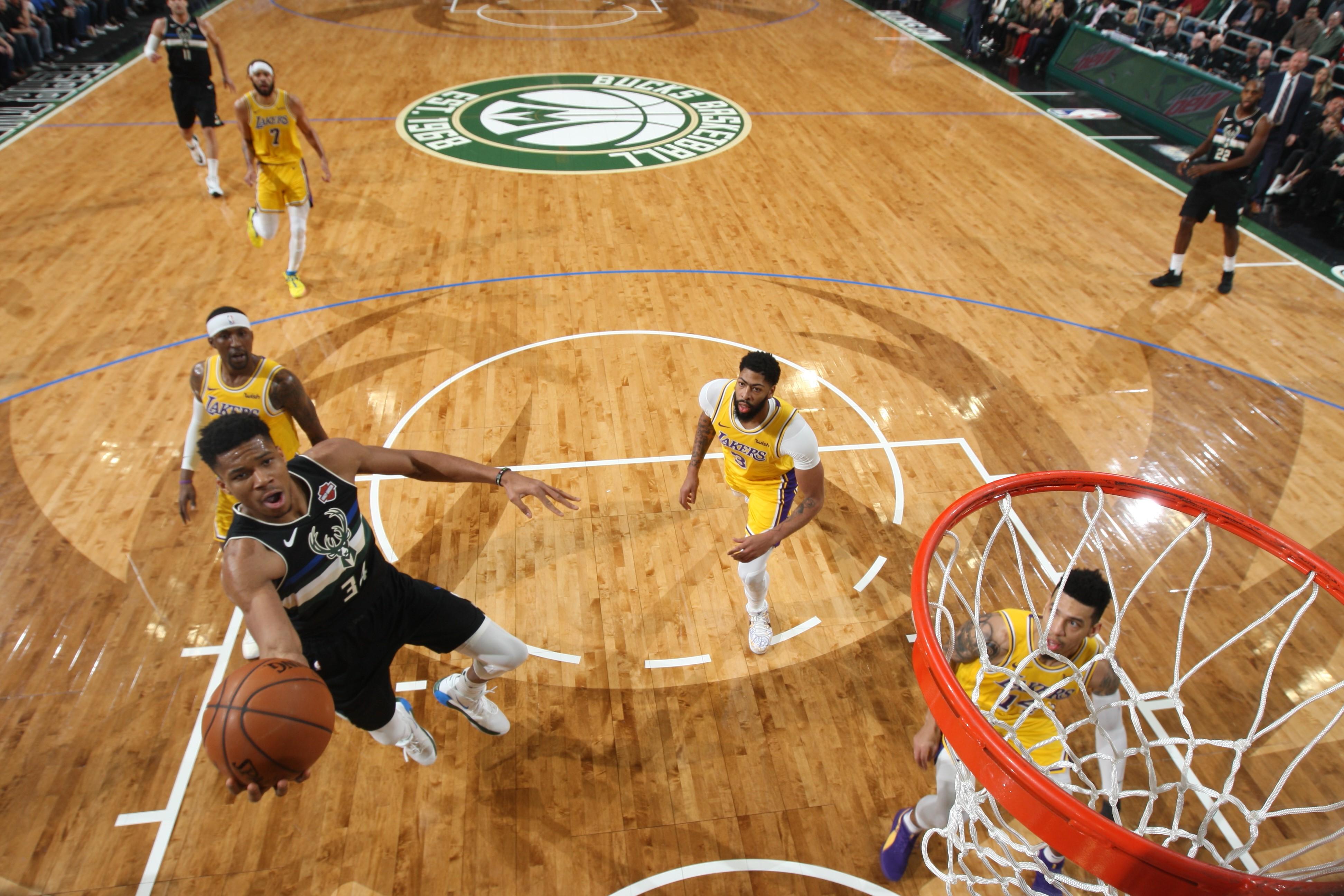 Giannis Antetokounmpo lors de Milwaukee - Los Angeles Lakers en NBA le 19 décembre 2019