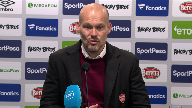 Ljungberg: 'Arsenal want me to stay'