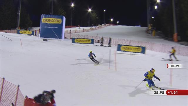 Slalom, Madonna di Campiglio: se le cruza una persona en pleno descenso