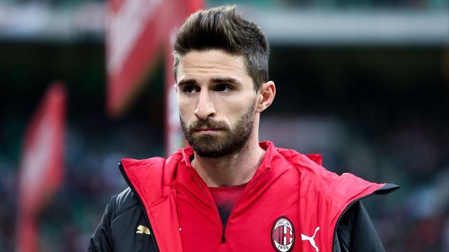Fabio Borini lascia il Milan: ufficiale l'approdo al Verona a titolo definitivo