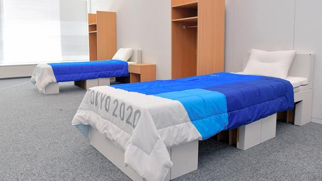 Des lits en carton mais résistants pour Tokyo, à condition d'être deux maximum...