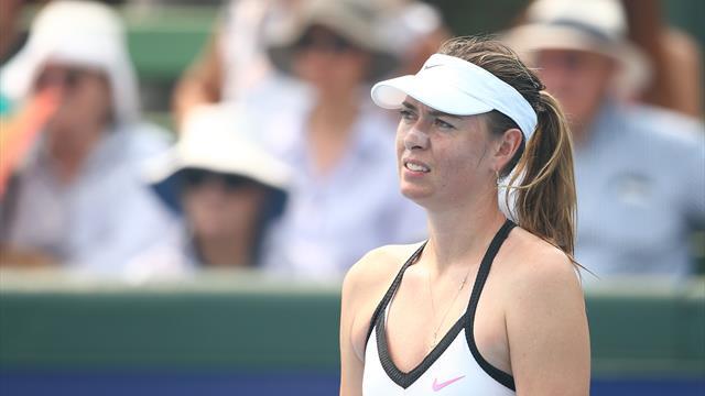 Выставочный матч Шараповой прервали из-за задымления