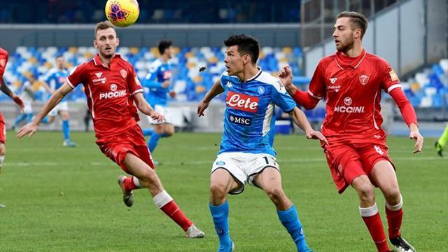 Chucky Lozano regresa al once y el Nápoles se mete en los cuartos de Copa