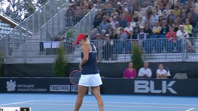 Adélaïde - Barty se qualifie en demi-finale