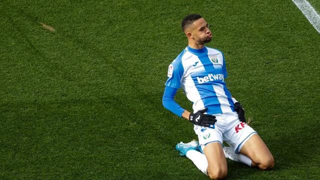 El Sevilla ficha al delantero marroquí En-Nesyri (Leganés) hasta 2025