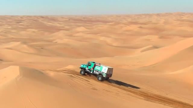 Trucks succumb to sand trap as Dakar dunes prove a daunting task in penultimate stage