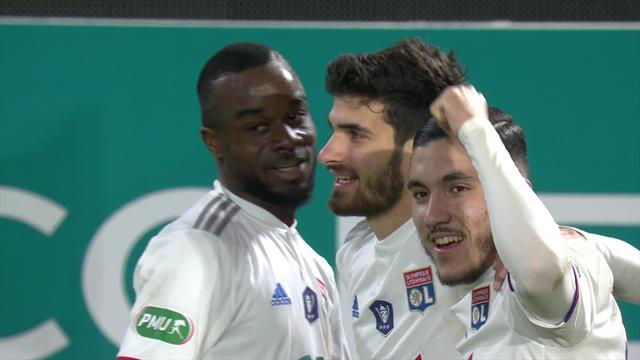 Le coup de boutoir de Terrier contre Nantes avant la pause: le but lyonnais du 3-1 en vidéo