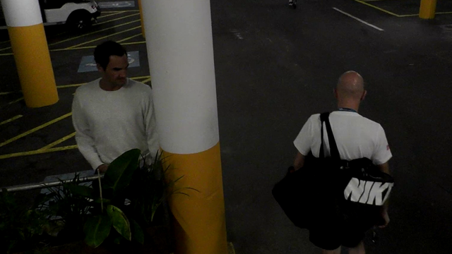 Das ganze Video: So veräppelt Federer seine Entourage