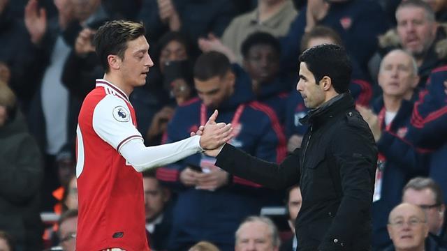 Arteta mit Seitenhieb gegen Emery: Özil hätte bei mir mehr Tore erzielt