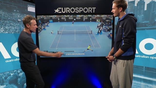 Masterclass with Medvedev: Are opponents afraid of his backhand?