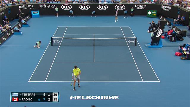 Australian Open| Fans Tsitsipas zorgen voor overlast in stadion