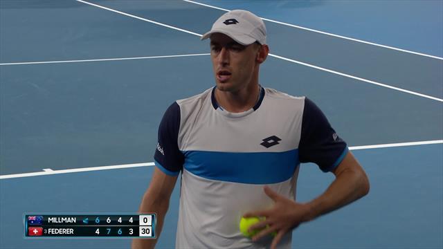 Open de Australia 2020: La polémica acción de Millman mojando las bolas antes de sacar ante Federer