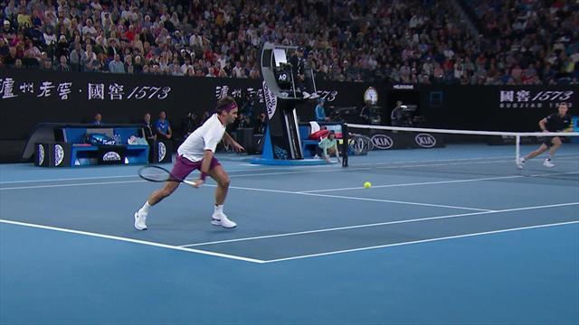 'Fantastic movement, fantastic skill!' - Tremendous flicked winner from Federer