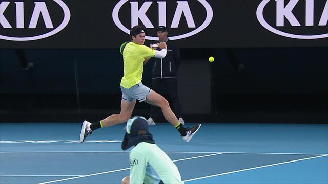 'He nearly sliced that ball in half' – Raonic produces masterful shot against Djokovic