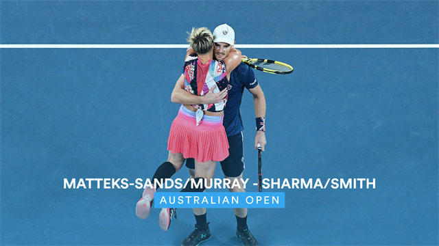 Murray and Mattek-Sands coast to mixed doubles final