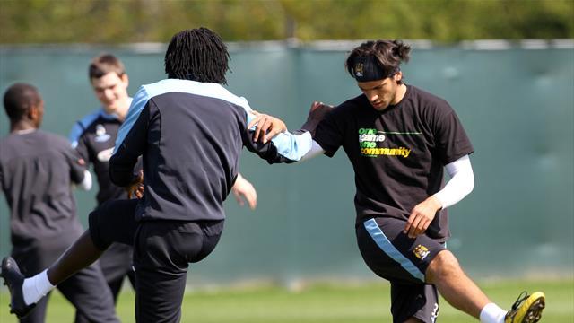 Football news updates - Forwards reunited?