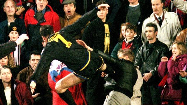 25 лет назад Кантона врезал фанату с ноги. Удар определил будущее Эрика и понизил акции «МЮ» на 12%