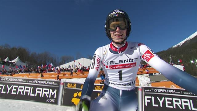 Top 3 runs as Noel delights French crowd in Chamonix