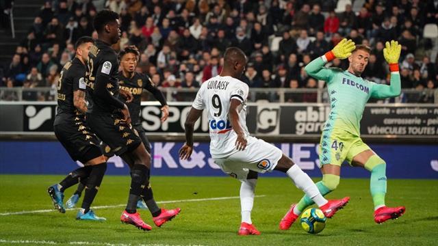 Amiens, primul club care taie salariile tuturor angajaților după ce fotbalul a fost oprit de COVID19