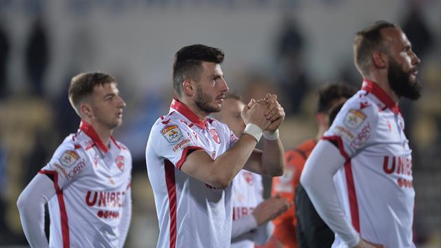 Seria plecărilor continuă la Dinamo! Ultimul jucător care a părăsit echipa lui Dusan Uhrin
