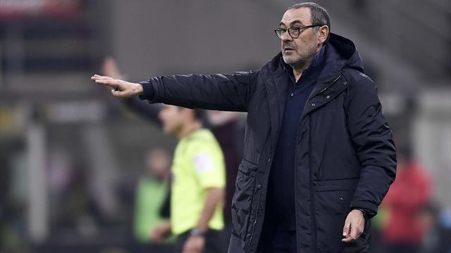 """Sarri: """"Preoccupato per come gioca la Juve? Le preoccupazioni vere le ho solo per la salute"""""""