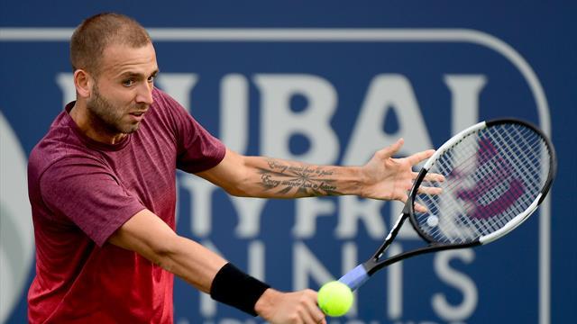 Evans to face Tsitsipas in Dubai semi-finals, Djokovic to meet Monfils