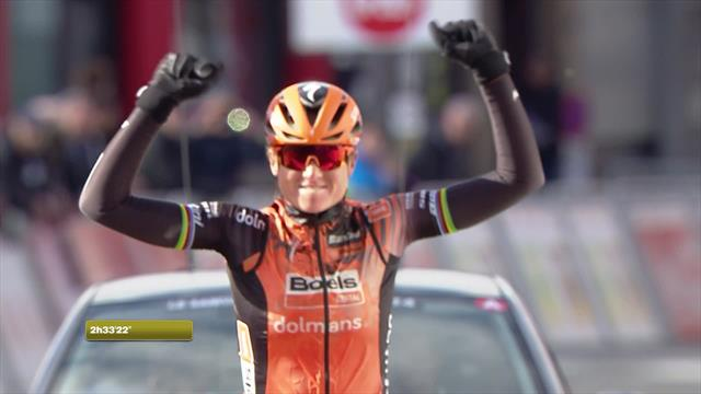 Van den Broek-Blaak wins Le Samyn des Dames in style