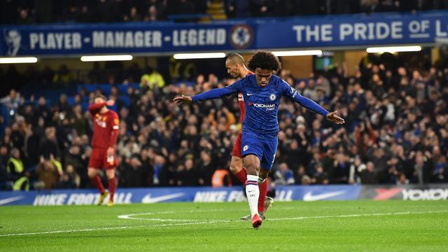 Deux de chute pour Liverpool, Chelsea en profite