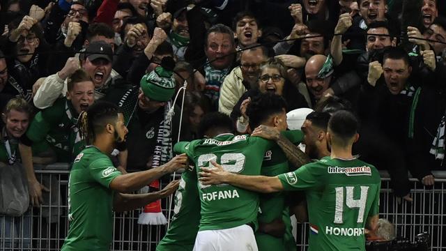 D'une très belle tête, Kolodziejczak remet les Verts dans le match juste avant la pause