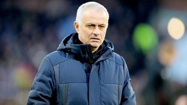 """Mourinho s'en prend à Ndombele : """"Quelqu'un doit réaliser qu'on est en Premier League"""""""