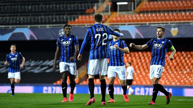 Atalanta Bergamo Wirft Fc Valencia Aus Der Champions League