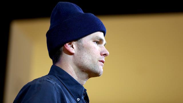 La légende des Patriots Tom Brady rejoint les Tampa Bay Buccaneers — NFL