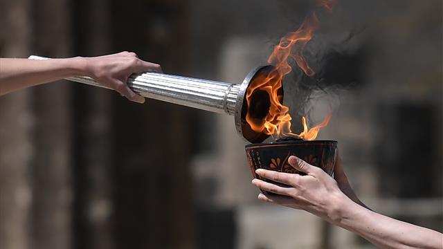 Malgré les incertitudes, la flamme olympique est arrivée au Japon