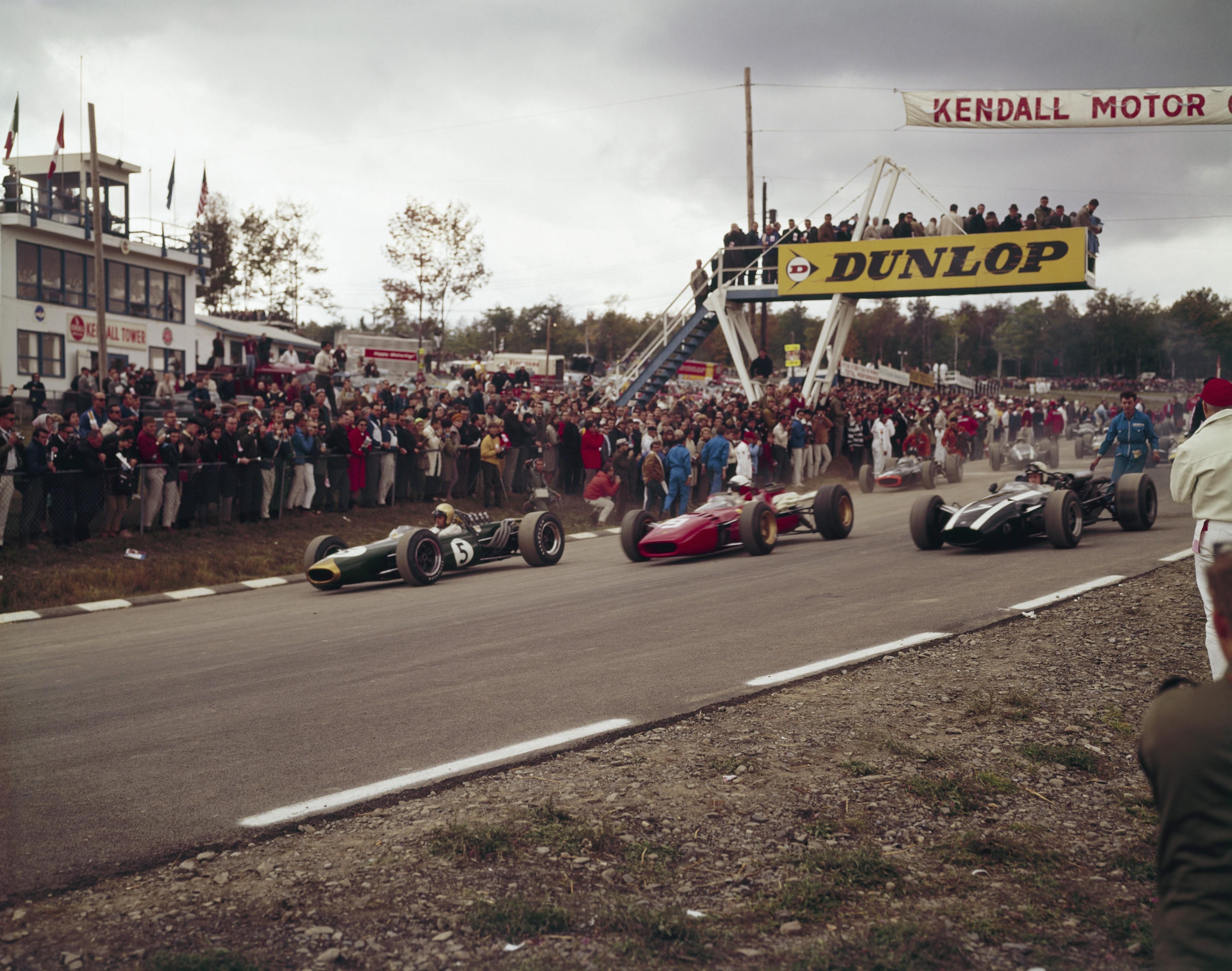 Jack Brabham (Brabham), Lorenzo Bandini (Ferrari) et John Surtees (Cooper) au Grand Prix des Etats-Unis d'Amérique 1966
