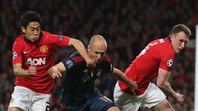 Фердинанд: «Роббену не понравился запах на тренировочной базе «МЮ», поэтому он перешел в «Челси»