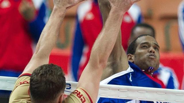Un voleibolista cubano que juega en Estonia da positivo por COVID-19