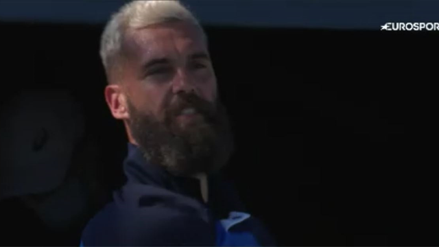 Angry Benoit Paire throws racket during loss to Matteo Berrettini at Ultimate Tennis Showdown
