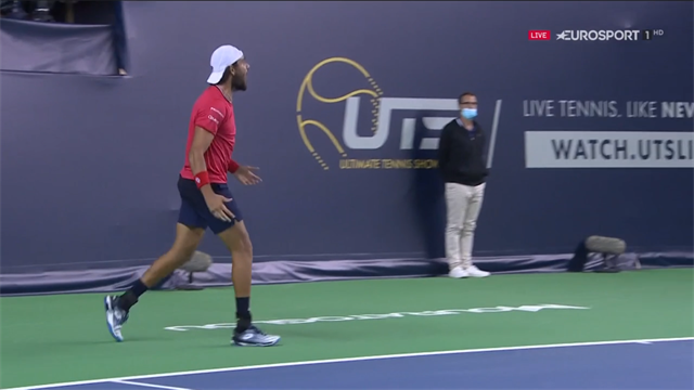 UTS, Tsitsipas-Berrettini: El rey del tenis del futuro habla italiano (2-3)
