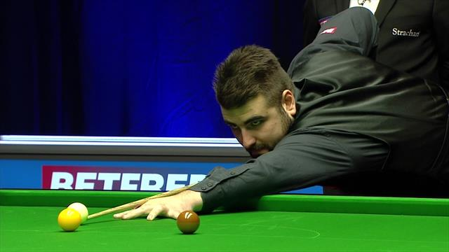 'What a fluke that is!' - Jamie Clarke gets lucky in World Championship qualifier