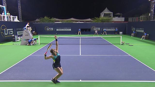 Une victoire trois manches à zéro : Pavlyuchenkova s'est jouée de Jabeur et rejoint Cornet en finale