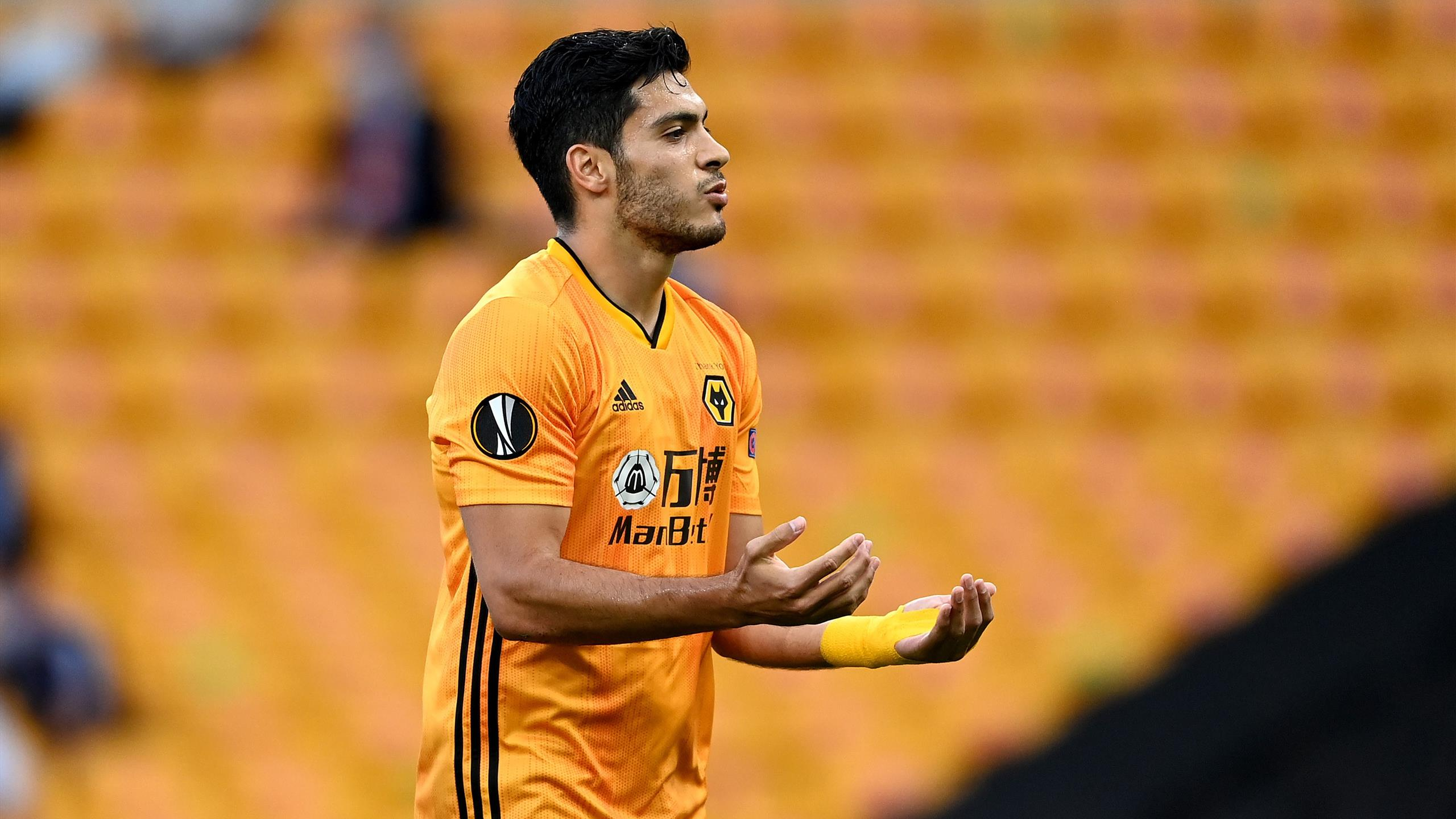 Raul Jimenez fires Wolves into Europa League last eight - Eurosport