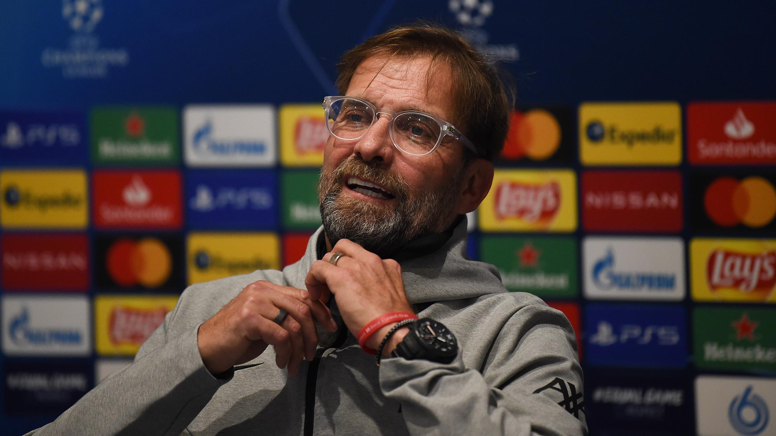 Klopp hits back at Carragher's transfer window comments