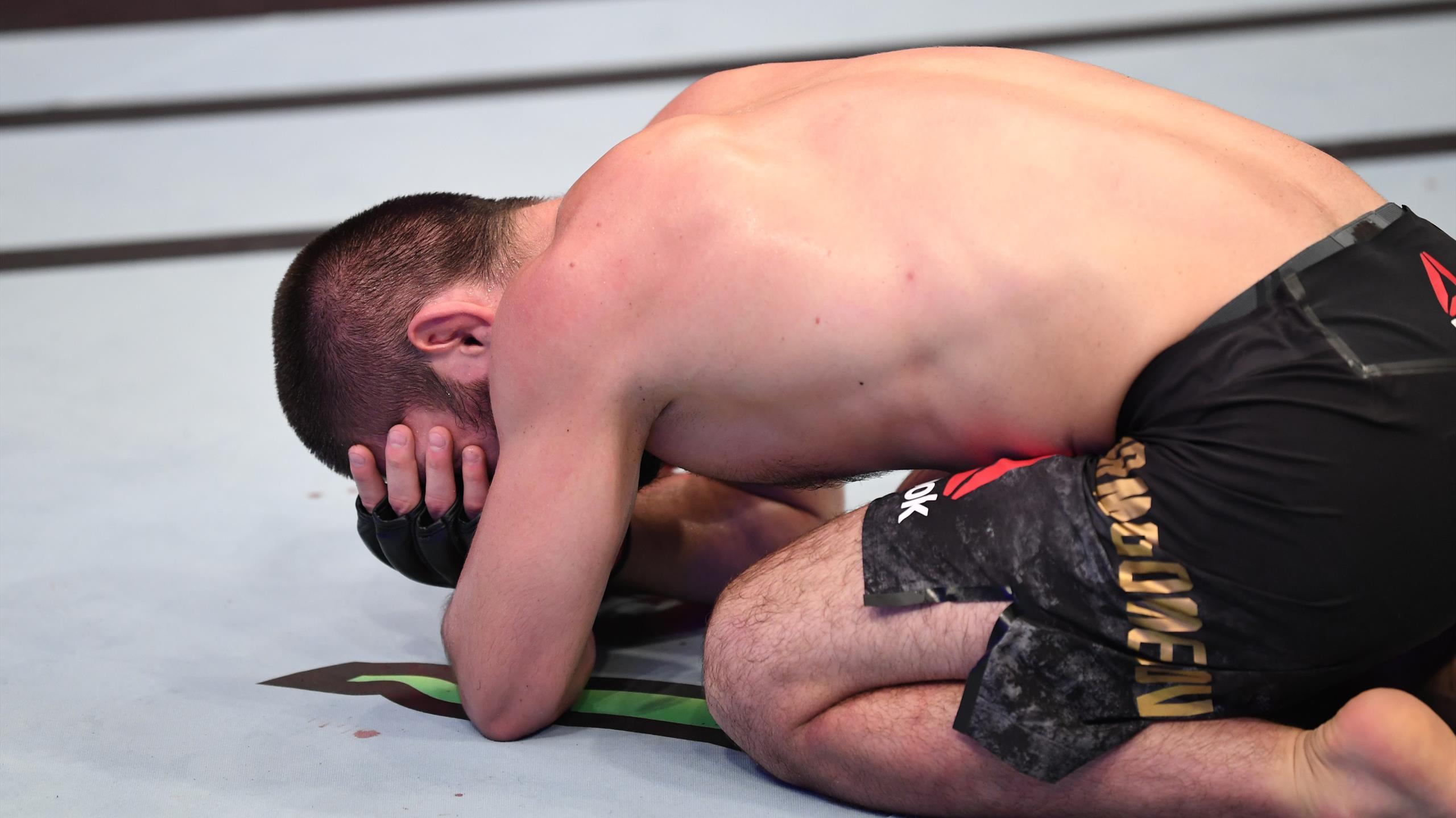Хабиб вовремя ушел из UFC. Он все равно лучший в истории