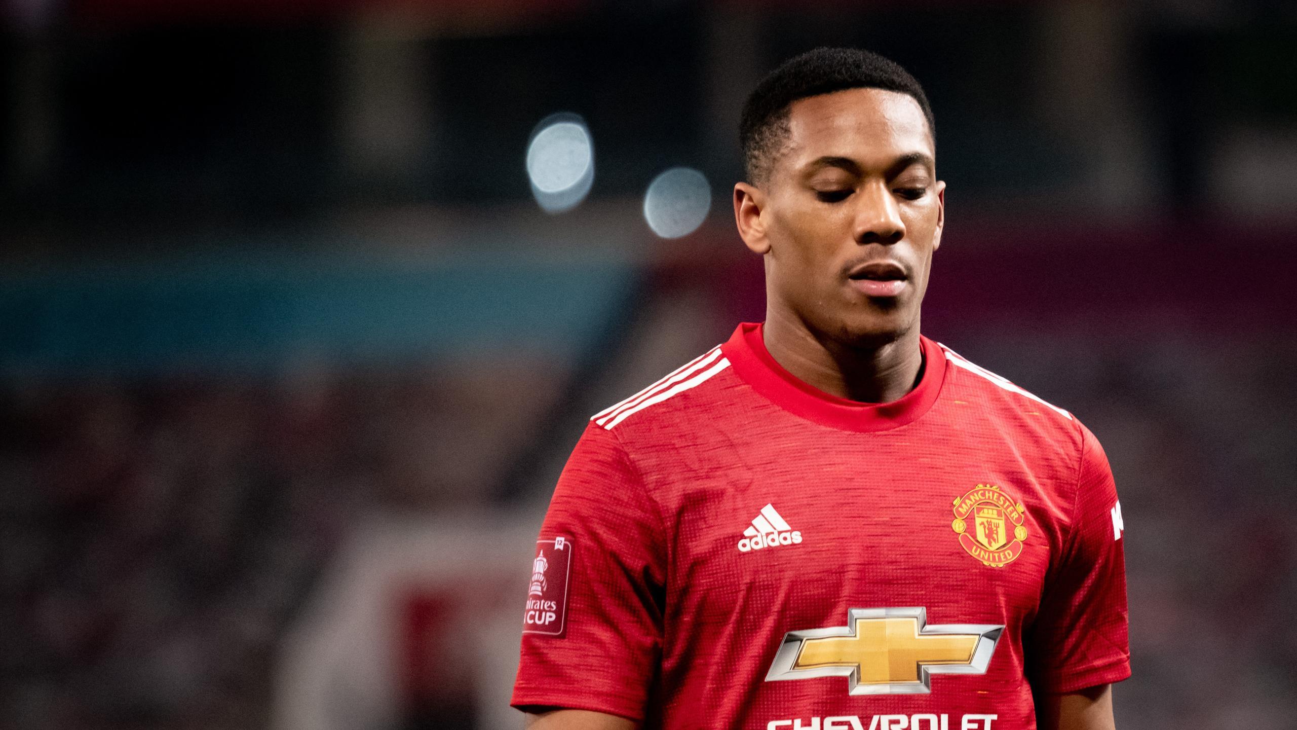 Pas assez performant et désormais concurrencé par Sancho, Martial en plein flou à Manchester United