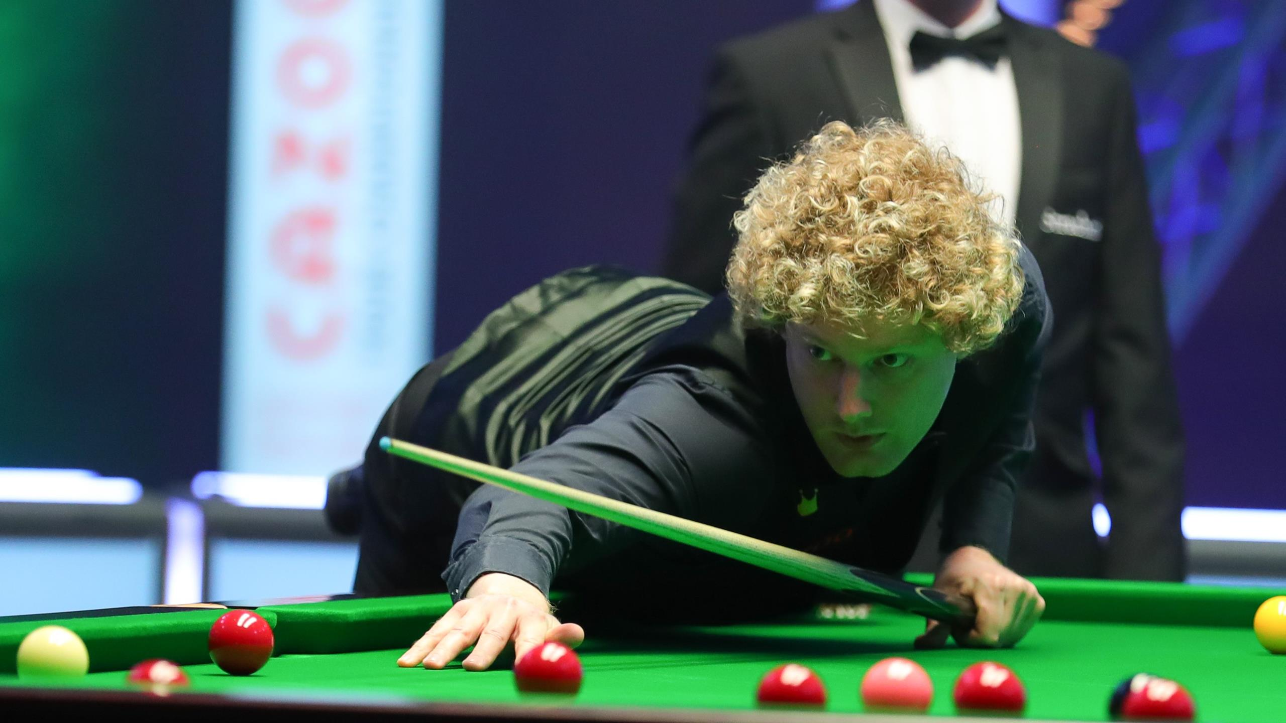 Robertson delivers masterclass to crush O'Sullivan to acquire Tour Championship thumbnail